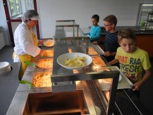 Seit Schuljahresbeginn wird in Burbach frisch für die Schüler des Schulzentrums gekocht.
